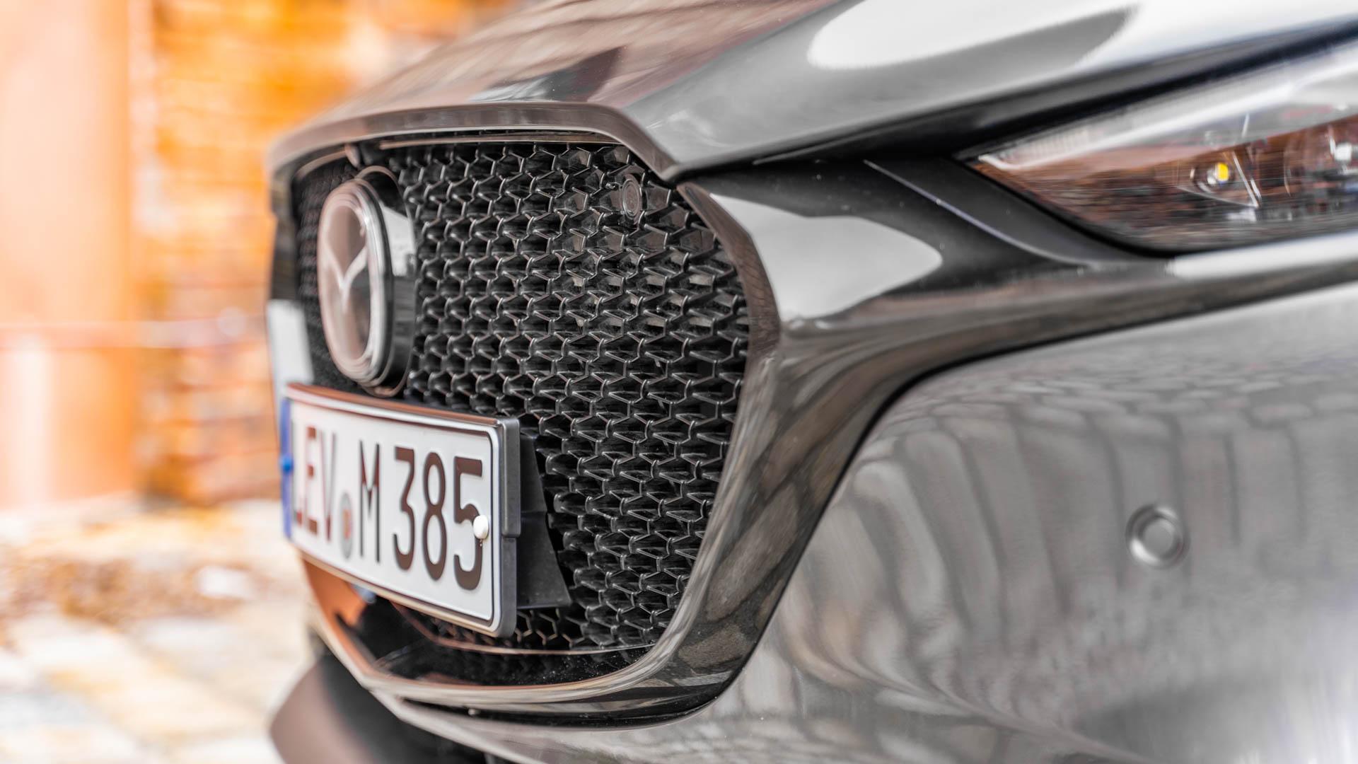 TW_Mazda.jpg